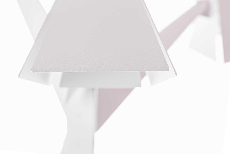 Een Biophilic-design interieur met BLOEM vloerlamp