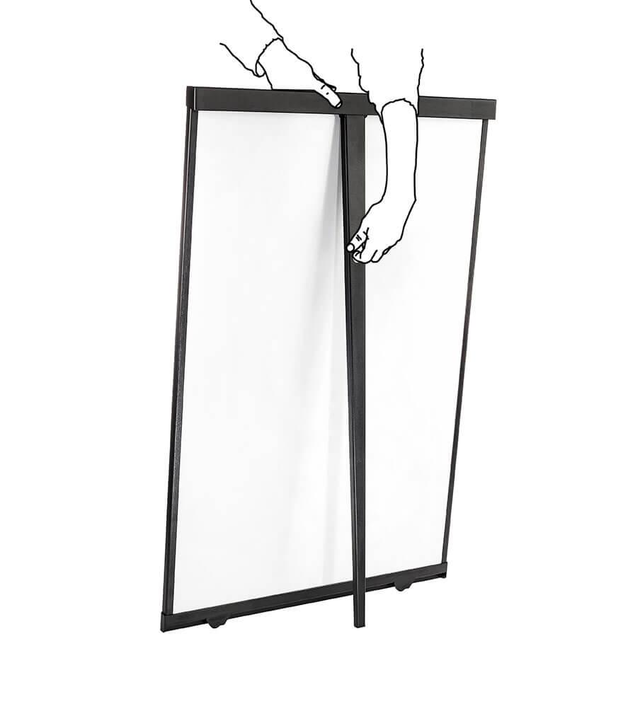 Ein magnetisches flex whiteboard mit ein klappbares hinteres Bein